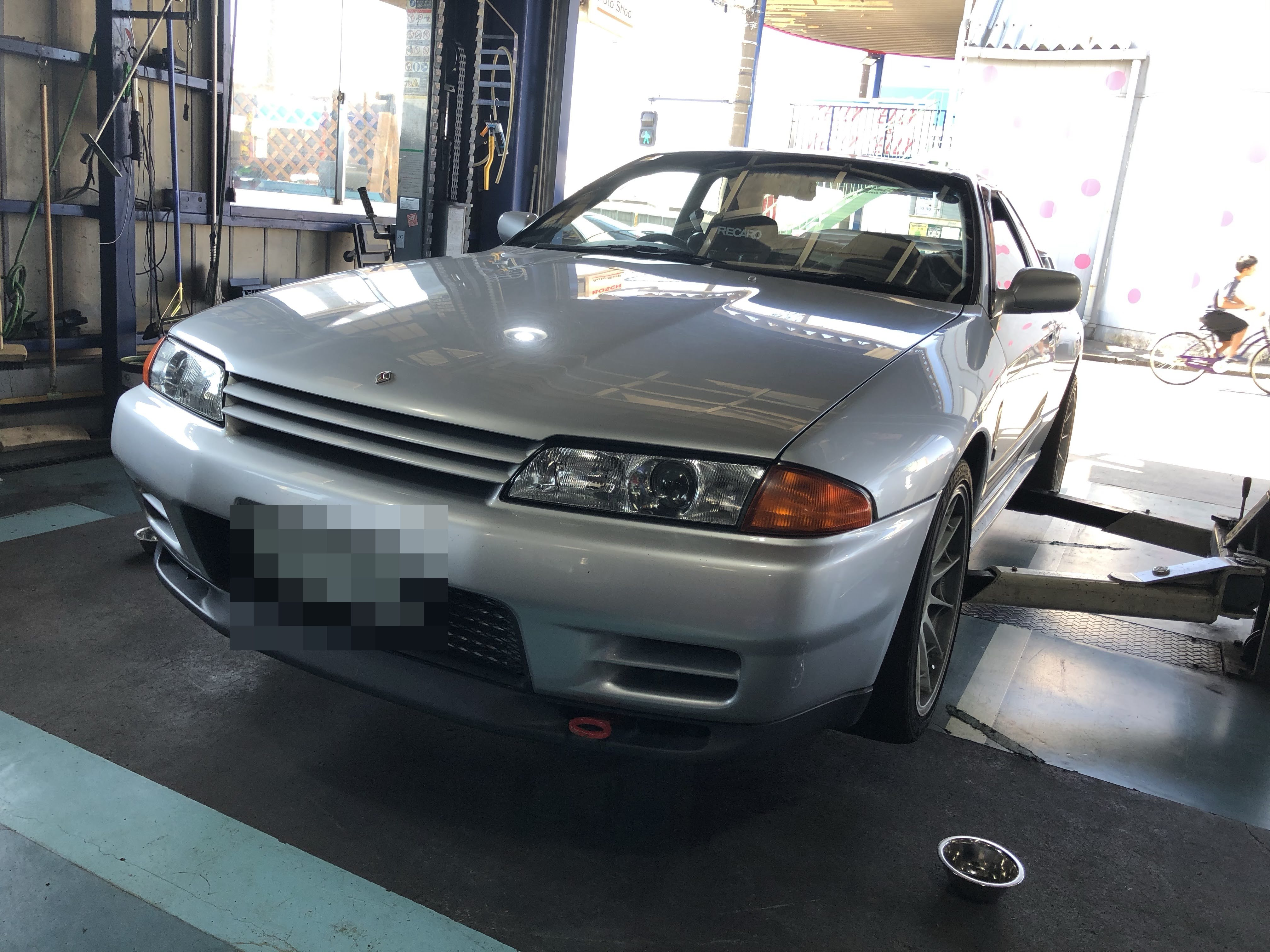 持ち込みタイヤ交換 R32 スカイライン GT-R
